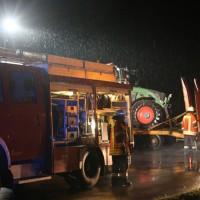 2017-10-06_Biberach_Ellwangen_Unfall_Lkw_Traktor_Feuerwehr_Poeppel_0013