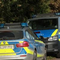 2017-10-26_Unterallgaeu_Pfaffenhausen_Polizei-Taucher_Vermisstensuche_Leichenfund_Poeppel-0023