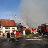 2017-11-04_Ravensburg_Wangen_Leupolz-Bauhof_Brand-Landwirtschaft_Feuerwehr_Poeppel_0032