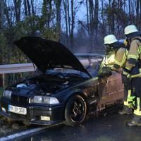 2017-11-06_Aitrach_Mooshausen_Pkw-Brand_Feuerwehr_Poeppel_0002