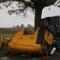 2017-11-07_Unteralgaeu_Hasberg_Lkw-Unfall-Feuerwehr_Poeppel_0006
