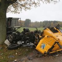 2017-11-07_Unteralgaeu_Hasberg_Lkw-Unfall-Feuerwehr_Poeppel_0007