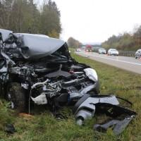 2017-11-10_A96_Stetten_Erkheim_Unfall_Pkw_Lkw_Polizei_Poeppel_0005