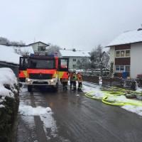 2017-11-29_Lindau_Lindenberg_Westallgaeu_Brand_Garage_Feuerwehr_Raedler_0005