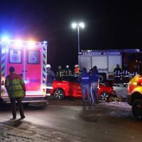 2017-12-09_Oberallgaeu_Altusried_St2009_Unfall_Frontalzusammenstpss_Feuerwehr_Poeppel_0009