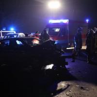 2017-12-19_Unterallgaeu_Mindelheim_Oberauerbach_Unfall_Feuerwehr_dedinag_0001