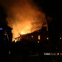 2017-12-24_Unterallgaeu_Altisried_Großbrand_Gebaeude_Feuerwehr_Poeppel_0052