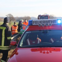 2018-01-10_A96_Mindelheim_Stetten_Lkw-Unfall_Feuerwehr_Poeppel_0004