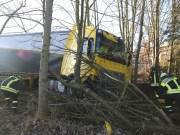 2018-01-10_A96_Mindelheim_Stetten_Lkw-Unfall_Feuerwehr_Poeppel_0019