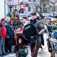 2018-01-21_Erolzheim_Narrenzunft_Deifel-weib_Narrensprung_Poeppel_0509