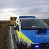 2018-01-26_L300_Tannheim_Egelsee_Unfall_Ueberschlag_Feuerwehr_Polizei_0007