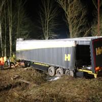 A96_Mindelheim_Stetten_Lkw-Unfall_Bergung_Nacht_Poeppel_0086