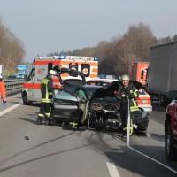 2018-02-06_A7_Altenstadt_Illertissen_Lkw-UNfall_Feuerwehr_Poeppel_0001