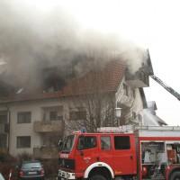 2018-02-22_Wangen_Allgaeu_Brand_Mehrfamilienhaus_Feuerwehr_Poeppel_0015