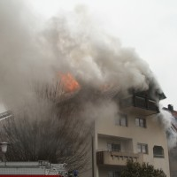 2018-02-22_Wangen_Allgaeu_Brand_Mehrfamilienhaus_Feuerwehr_Poeppel_0043