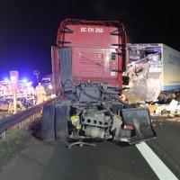 2018-03-16_A7_Dettingen_Lkw-Unfall_Feuerwehr_0010