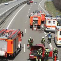 2018-04-02_A7_Memmingen_Unfall_Feuerwehr_0009