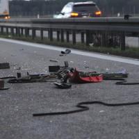 2018-04-10_A96_Aitrach_Memmingen_Lkw-Unfall_Bergung_Polizei_0012