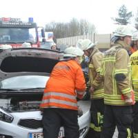 2018-04-13_A96_Aitrach_Memmingen_UNfall_Stau_Feuerwehr_0011