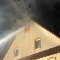 2018-05-30_Biberach_Waldenhofen_Dachstuhlbrand_Feuerwehr_0005