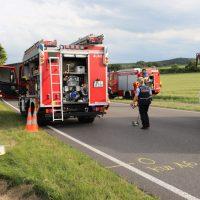 2018-06-21_B30_Oberessendorf_Unfall_Lkw_Pkw_toedlich_Feuerwehr_0005