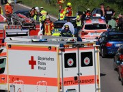 2018-06-22_B300_Heimertingen_Niederrieden_UNfall_Frontal_Feuerwehr_0007