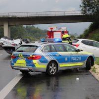 2018-07-06_A7_Dettingen_Berkheim_Unfall_Ueberschlag_Feuerwehr_0003