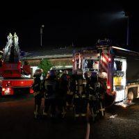 2018-07-11_Biberach_Berkheim_Brand_Stall_Feuerwehr_Poeppel_0007
