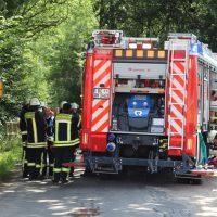 2018-07-14_Biberach_Laubach_Edenbachen_Pkw-im-Bach_Feuerwehr_0009