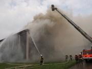2018-07-22_Biberach_Tannheim_Brand_Heustock_Halle_Feuerwehr_Poeppel_0074
