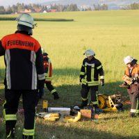 2018-07-31_Oberallgaeu_Lauben_OA19_Transporter_Baum_Feuerwehr_0010