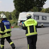 2018-08-03_A7_Raststaette-Illertal_Brand-Wohnwagen_Feuerwehr_0006