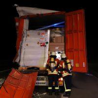 2018-08-27_A96_Leutkirch_Lkw-Unfall_Gefahrgut_Feuerwehr_00013
