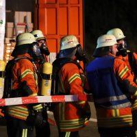 2018-08-27_A96_Leutkirch_Lkw-Unfall_Gefahrgut_Feuerwehr_00030