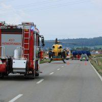 2018-09-02_B300_Heimertingen_Niederrieden_Motorrad_Lkw_Unfall_Feuerwehr_00001
