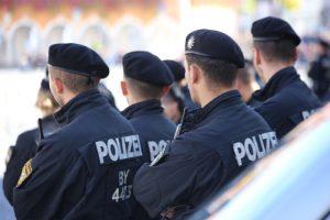 2018-09-30_Unterallgaeu_Ottobeuren_AFD_Bunt_DEMO_Polizei_00014