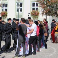 2018-09-30_Unterallgaeu_Ottobeuren_AFD_Bunt_DEMO_Polizei_00075