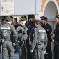 2018-09-30_Unterallgaeu_Ottobeuren_AFD_Bunt_DEMO_Polizei_00084
