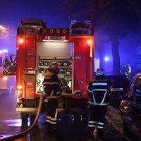 2018-10-11_Memmingen_Mehrfamilienhaus_Kellerbrand_Feuerwehr_Poeppel20181011_0009