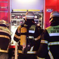 2018-10-11_Memmingen_Mehrfamilienhaus_Kellerbrand_Feuerwehr_Poeppel20181011_0016