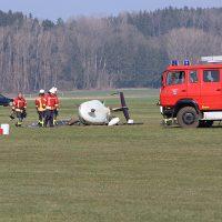 2019-03-24_Tannheim_Sportflugplatz_Flugunfall_Feuerwehr_Poeppel20190324_0004