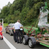 2019-08-15_A96_Aichstetten_Leutkirch_Unfall_Autobahnstrassenmeisterei_Feuerwehr_Poeppel_0031