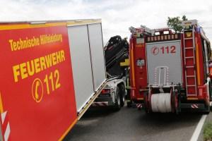 2019-08-15_B19_Kempten_Waltenhofen_Hegge_Unfall_frontal_Feuerwehr_Poeppel_0029