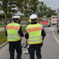 2019-09-27_Memmingen_Europastrasse_Unfall_Abschleppwagen_BMW_Motorrad_FeuerwehrIMG_6225