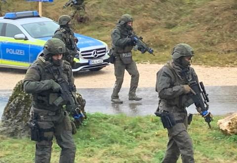 2019-10-19_BWTEX-2019_Stetten_Terror_Uebung_Polizei_Bundeswehr_Poeppel_2019-10-19_BWTEX-2019_Stetten_Terror_Uebung_Polizei_Bundeswehr_Poeppel908