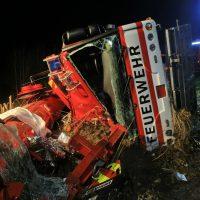 2019-11-06_B312_Reutlingen_Pfronstetten_Unfall_Feuerwehr_Kran_Zwiebler191106_Pfronstetten_raz_06