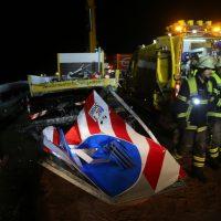 2019-11-14_A96_Memmingen_Aitrach_Unfall_Sicherungsanhaenger_Pkw_FeuerwehrIMG_2001