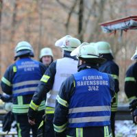 2019-12-10_B30_Ravensburg_Enzisreute_Baindt_Lkw-Unfall-Gefahrgut_Feuerwehr_PoeppelIMG_2483