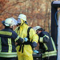 2019-12-10_B30_Ravensburg_Enzisreute_Baindt_Lkw-Unfall-Gefahrgut_Feuerwehr_PoeppelIMG_2506