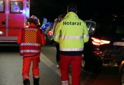 2019-12-10_a96-Mindelheim_Unfall_mehrere_Vereltzte_Feuerwehr_Polizei_Bringezu_20191210180810_IMG_0856
